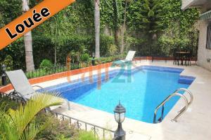 villa avec piscine en location
