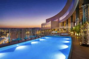 High standing furnished apartment at the Hilton 5*