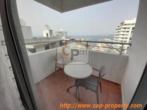 Apartment in the city center with sea view