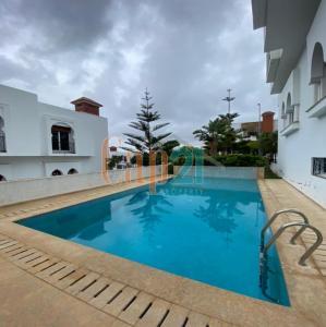 Magnificent villa for rent in Boubana